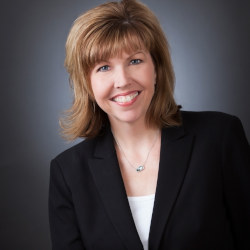 Kimberly Bennett, R.Ph.
